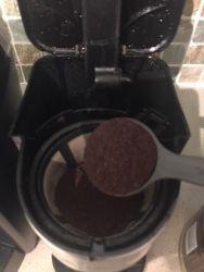 Single serve coffee maker